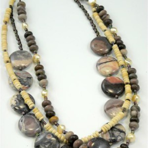 Julie Necklace with Porcelain Jasper Project Idea