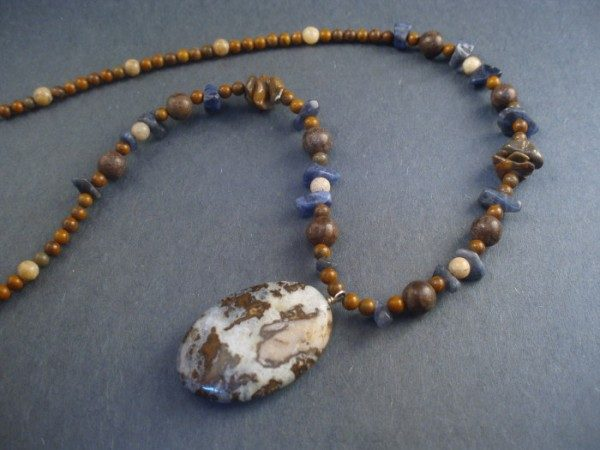 Brioche Agate And Jasper Necklace Project