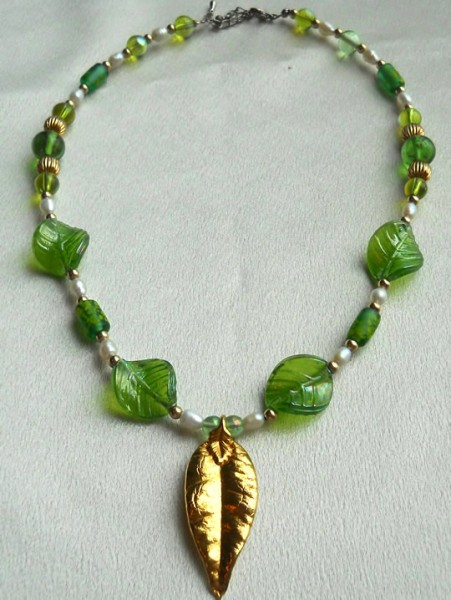 Maile Leaf With Fresh Water Pearls And Green Glass Leaves Project
