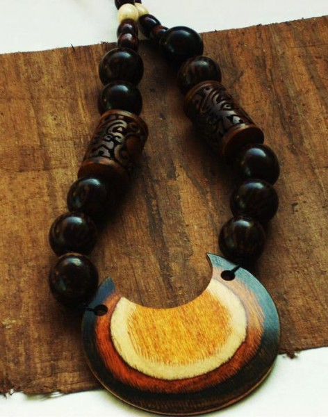 The Raya Necklace Project