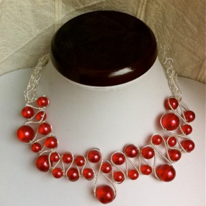 Cranberry Necklace Jewelry Idea