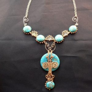 Dorian Necklace With Pendant Jewelry Idea