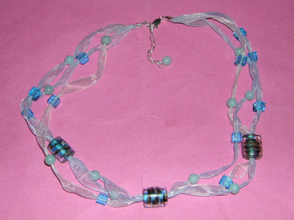 Sparkling Waters Ribbon Necklace Project